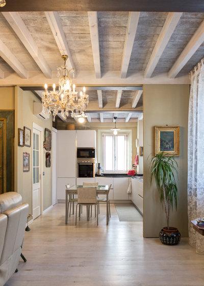 Classico Salotto by Studio Pinelli