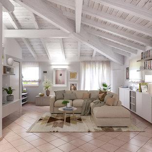 Стильный дизайн: открытая гостиная комната среднего размера в современном стиле с серыми стенами, полом из терракотовой плитки, мультимедийным центром и розовым полом - последний тренд