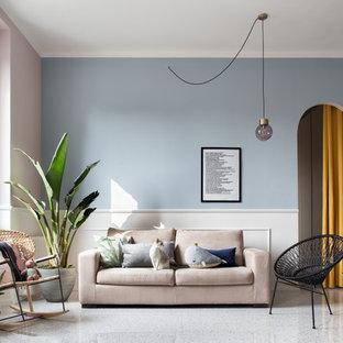 Immagine di un soggiorno classico aperto con pareti blu e pavimento bianco