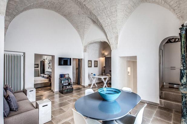 Mediterraneo Salotto by Gian Paolo Guerra