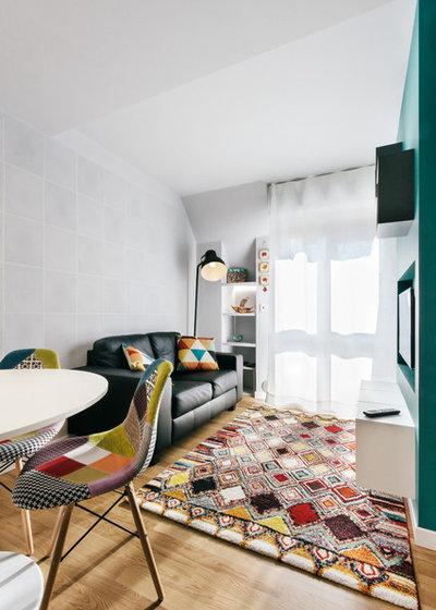 Contemporary Living Room by STUDIO#13