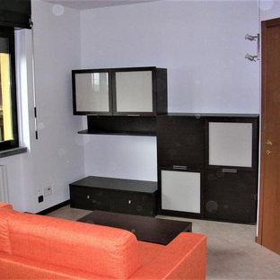 Foto di un soggiorno contemporaneo con pareti bianche, pavimento in gres porcellanato e pavimento rosa