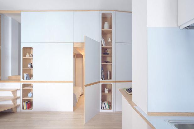 Modern Living Room by llabb