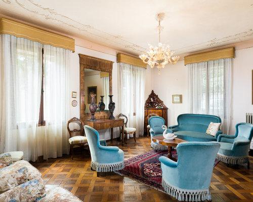 Wohnzimmer mit dunklem holzboden und rosa wandfarbe ideen design bilder beispiele for Wohnzimmer design wandfarbe