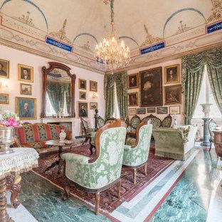 Foto di un soggiorno tradizionale chiuso con sala formale e pavimento multicolore