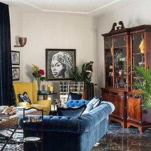 Idee per un soggiorno boho chic di medie dimensioni e chiuso con pareti bianche