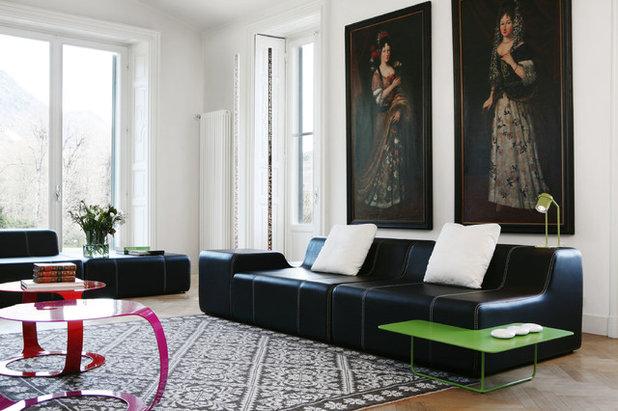 コンテンポラリー ファミリールーム by Filippo Dell'Orto Interior Design Studio