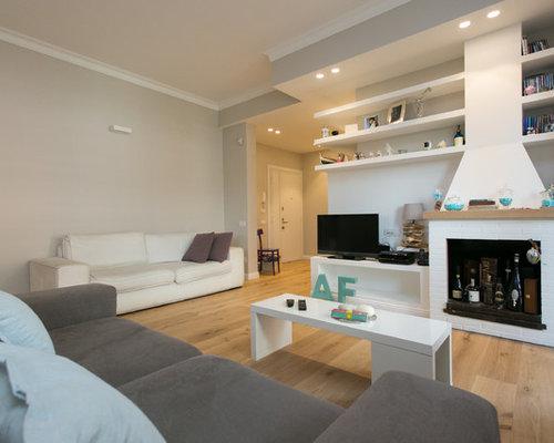 Soggiorno moderno con pareti grigie foto e idee per arredare - Pareti grigie soggiorno ...