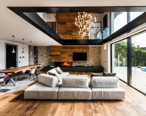 Huge Trendy Loft Style And Formal Medium Tone Wood Floor Living Room Photo  In Rome Part 45