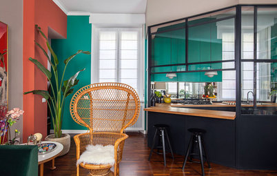 Houzz Tour: Strong Colours Give a Simple Flat a Bold New Look