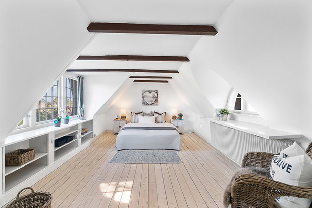 Country Bedroom by In-Bolig Styling ApS