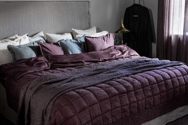 Klassisch modern Schlafzimmer by HIMLA