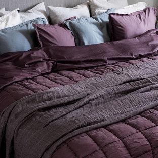 ストックホルムの北欧スタイルのおしゃれな寝室のインテリア
