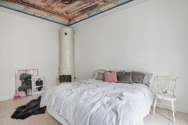 Shabby-Chic Style Bedroom by Rebel Walls