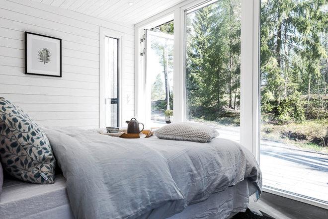 Scandinavian Bedroom by Enkelrum