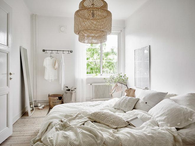 Scandinavian Bedroom by Anders Bergstedt Photography