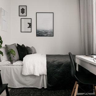 Idéer för ett litet nordiskt gästrum, med vita väggar