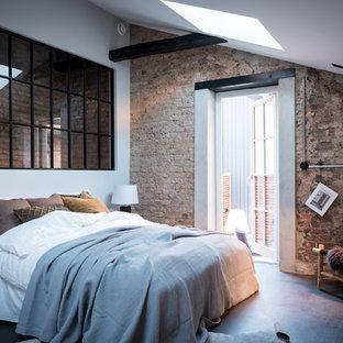Idéer för att renovera ett industriellt sovrum, med vita väggar