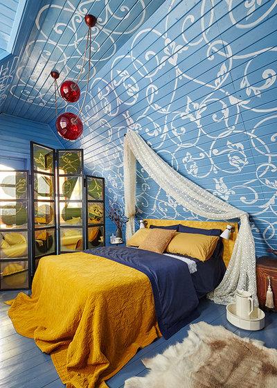 Eclectic Bedroom by IN-DECO