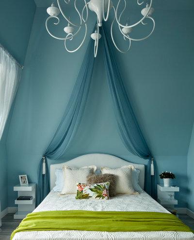 Contemporary Bedroom by Vera Tarlovskaya Interiors