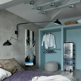 Удачное сочетание для дизайна помещения: спальня в современном стиле с серыми стенами и деревянным полом - самое интересное для вас