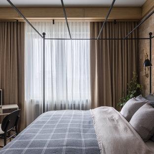 Пример оригинального дизайна: хозяйская спальня в стиле лофт с коричневыми стенами