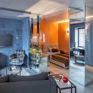 Свежая идея для дизайна: маленькая хозяйская спальня в современном стиле с оранжевыми стенами, полом из винила и серым полом - отличное фото интерьера
