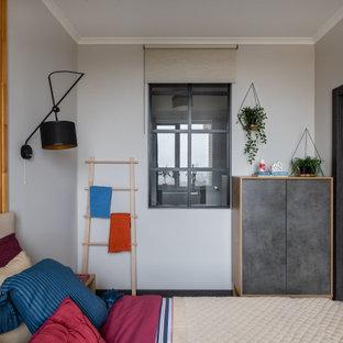 Стильный дизайн: хозяйская спальня в скандинавском стиле с серыми стенами - последний тренд