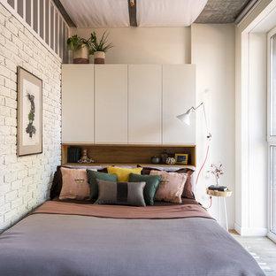 Свежая идея для дизайна: маленькая хозяйская спальня в скандинавском стиле с белыми стенами - отличное фото интерьера