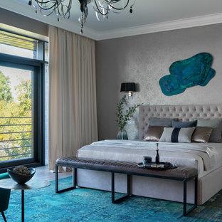 Источник вдохновения для домашнего уюта: хозяйская спальня в современном стиле с паркетным полом среднего тона, серыми стенами и серым полом