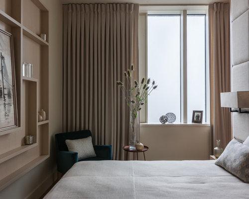 Petite chambre adulte avec un mur beige photos et id es d co de chambres adultes for Petite chambre adulte