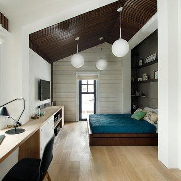 Спальня с прозрачной гардеробной для «Дачного Ответа»