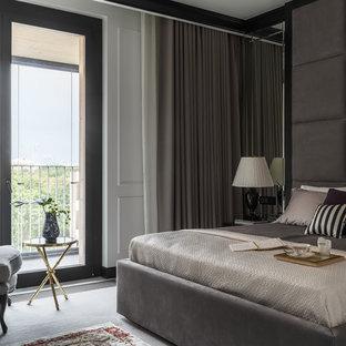 На фото: хозяйская спальня среднего размера в стиле современная классика с белыми стенами и ковровым покрытием с