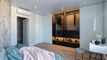 Угловой шкаф с раздвижными и распашными дверьми в ЖК Оникс