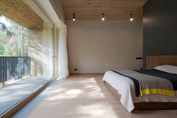 Contemporary Bedroom by Gikalo Kuptsov Architects