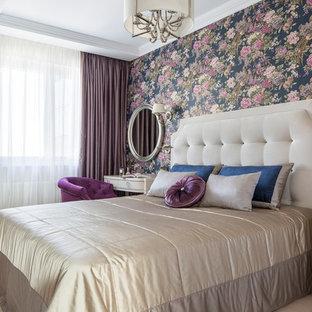 На фото: хозяйские спальни в стиле современная классика с фиолетовыми стенами, светлым паркетным полом и бежевым полом