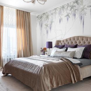 Свежая идея для дизайна: хозяйская спальня в стиле современная классика с разноцветными стенами - отличное фото интерьера