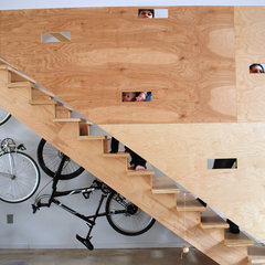 modern staircase by Nic Darling