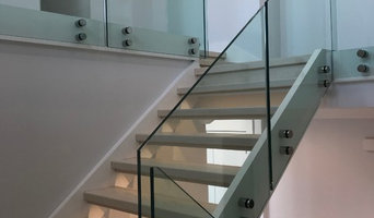 """13/16"""" Tempered Laminated Glass Staircase"""