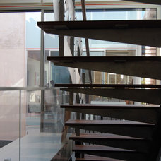 Contemporary Staircase by Fougeron Architecture FAIA