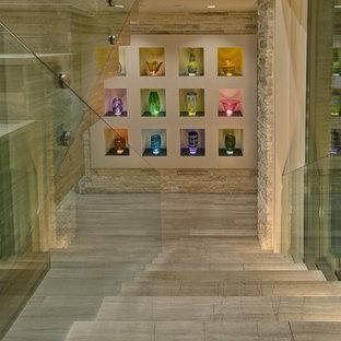 オーランドのコンテンポラリースタイルのおしゃれな折り返し階段の写真