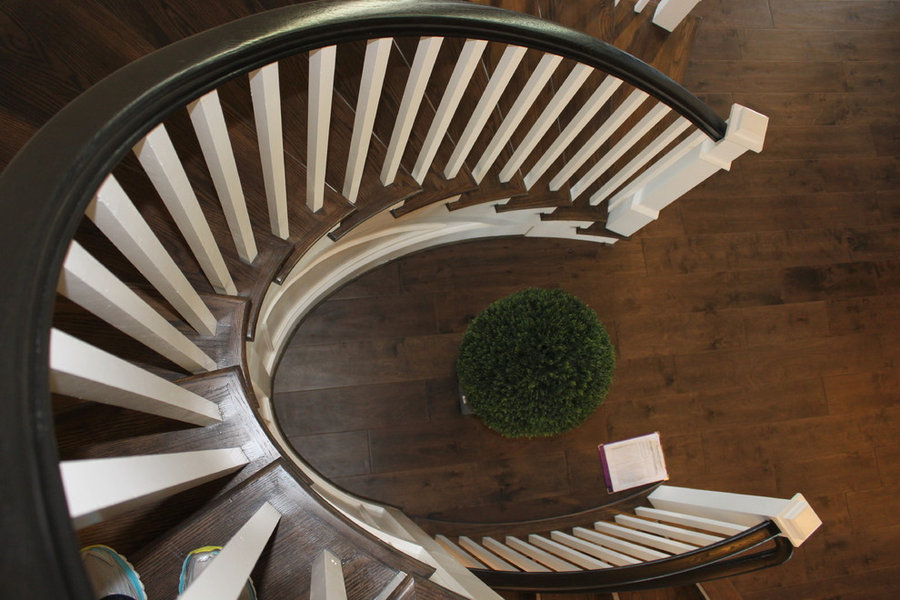 Elliptical Staircase in Loudoun County, Virginia