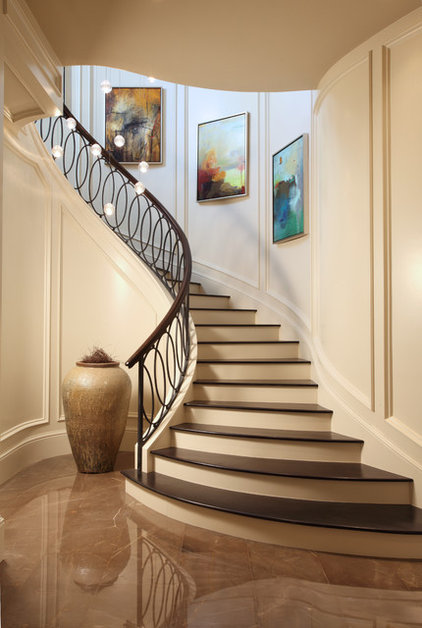Transitional Staircase by Carlos Martin Architects, Inc.
