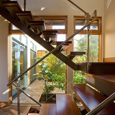 Contemporary Staircase by Stoecker and Northway Architects, Inc.