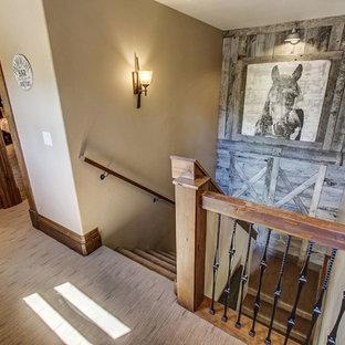 Rustikale Treppen in Boise Ideen, Design & Bilder | Houzz