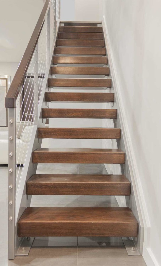 """Stunning Riser-less Stairs with 4"""" Solid Oak Treads, Alexandria 22305"""