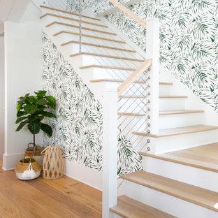チャールストンのトロピカルスタイルのおしゃれな階段の写真