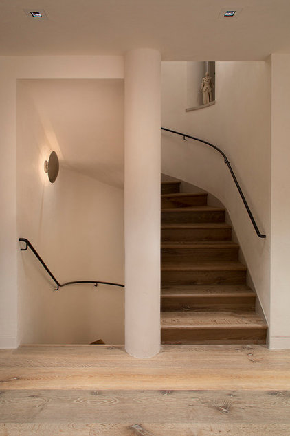 Contemporary Staircase by Butler Armsden Architects