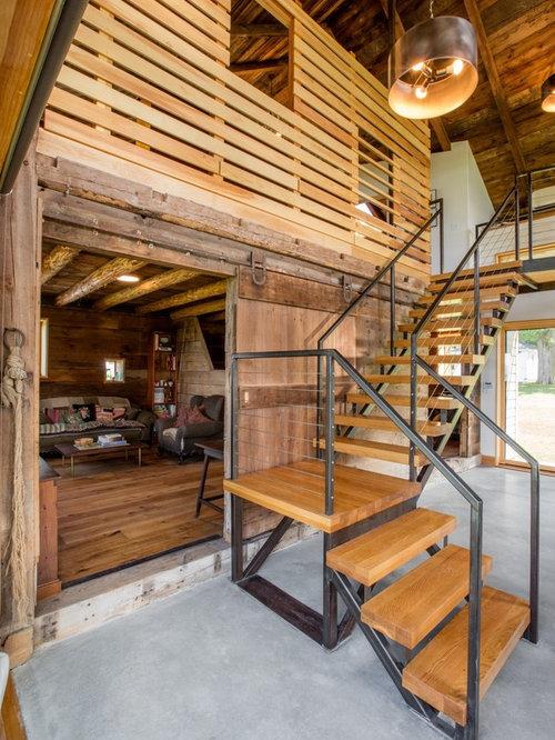 foto de escalera en l rstica sin con escalones de madera