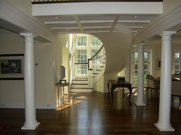 Traditional Staircase by Pinard Architects